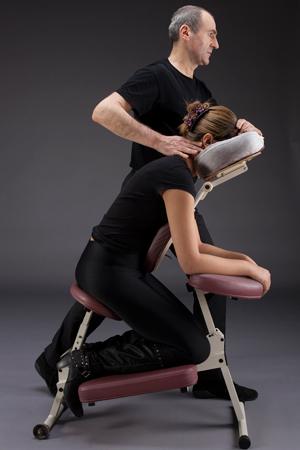 Photo massage sur chaise
